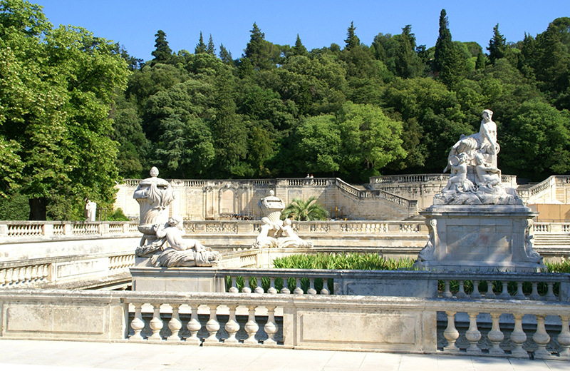 Jardins-de-la-Fontaine-Nîmes