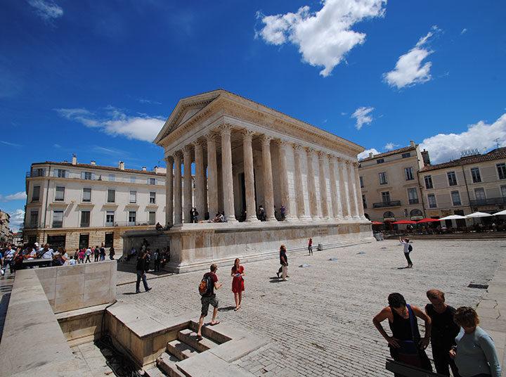 Découvrir patrimoine de Nîmes en s'amusant