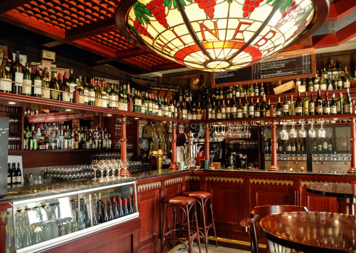 Wine-Bar-3-small