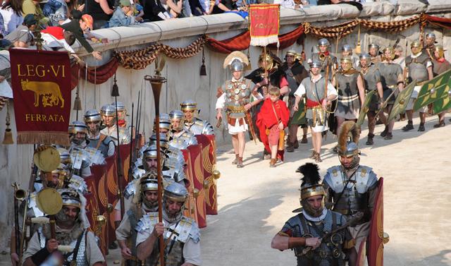 ©Office de Tourisme de Nîmes