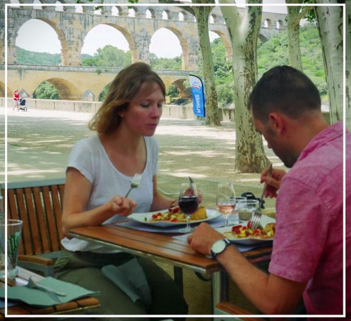 Déjeuner sur le site du Pont du Gard