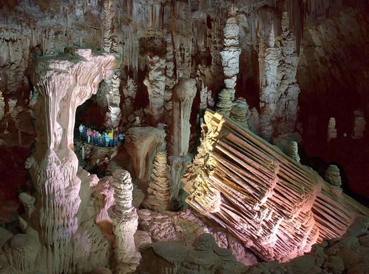 Grotte-de-la-Salamandre-Gard